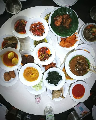 Indonesian food.. Nasi padang Food Variation Directly Above Ready-to-eat Healthy Eating No People High Angle View Indoors  Food And Drink Freshness Day Close-up Nasi Padang INDONESIA Foodphotography Rendang RMSederhana EyeEmNewHere Food Stories
