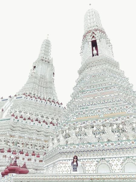 People Adult One Person Women One Woman Only Women Watarunbangkok Watarun Thailand🇹🇭 Travel Destinations Adults Only Outdoors Day Sky Bird