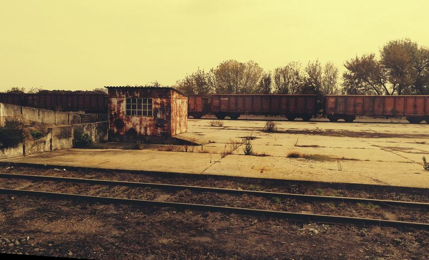 Railroad Track Outdoors No People Eyeemphotography Eyem Collection Ruined Ruins_photography Train Station Trainphotography Old
