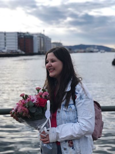 Me + flowers = 😍❤️ Bergen Laughing Faces Laughing Smiling Smile Happy Girl  Happy Happiness Flowerporn Flower Collection Flowers Flower Young Women Flower Flowering Plant Young Adult One Person Lifestyles Leisure Activity Nature Standing Long Hair Real People Beauty Beautiful Woman Women Plant Hair Day Beauty In Nature