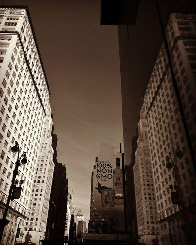 NyC Reflection Architecture Daytime Daytime Photography Manhattan Mirror Reflection Art Urbanphotography Citylife Takewhatyouneed Nopeople Pennstation LEESAHFRESHEYEPHOTOGRAPHY Low Angle View Text Illuminated