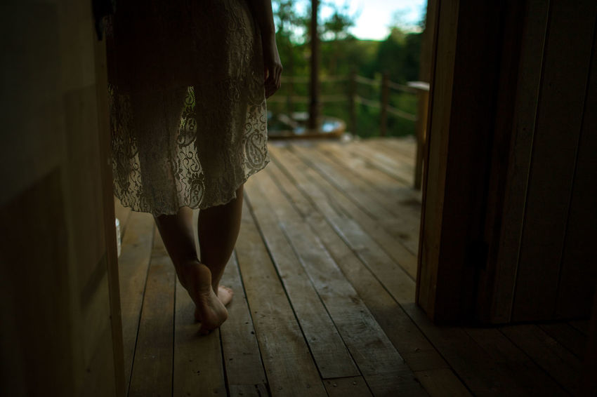 http://endemico-spa.com/ Art ArtWork Beauty In Nature Canon Canonphotography Close-up Forrest Forrest Photography Hardwood Floor Human Leg Indoors  Lifestyles Lodge Low Section One Person People Photo Photography Real People Sigma Spa Women Wood - Material Woods