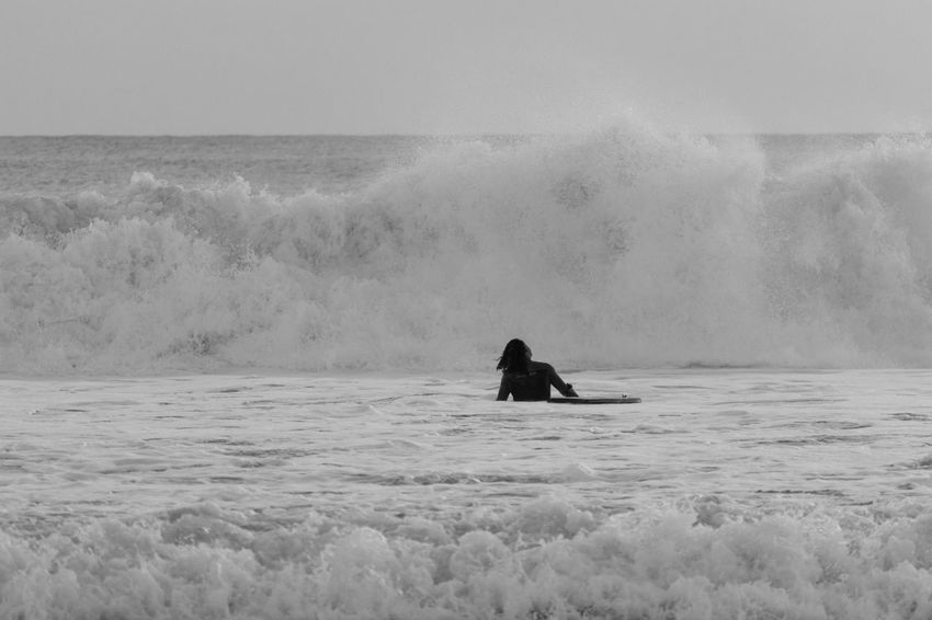 BodyBoarding Sport Bodyboard Waves Waves Crashing Seaside Black & White Black And White Blackandwhite Blackandwhite Photography Bnw Eye4photography  EyeEm End Of The Day EyeEm Best Shots EyeEm Bnw EyeEmBestPics Monochrome Beachphotography EyeEm Gallery Taking Photos Portugal