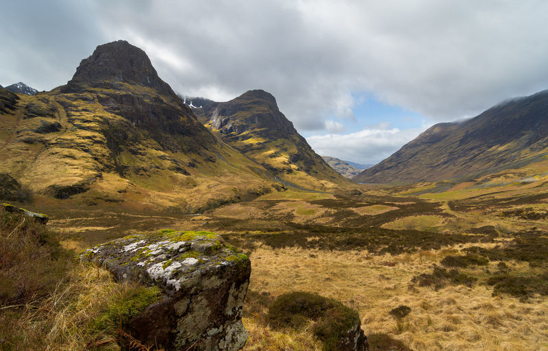 Great view on the Three Sisters in the Scottisch Highlands Glencoe Scotland Beauty In Nature Highlands Landmark Landscape Mountain Mountain Range Panorma Scenics Three Sisters Tranquil Scene Travel Destinations Valley
