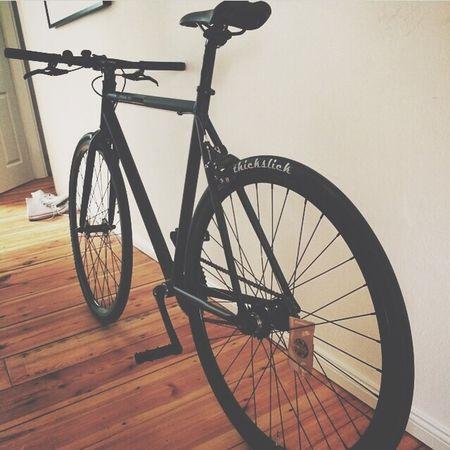 Soon Fixie Bike Love ??