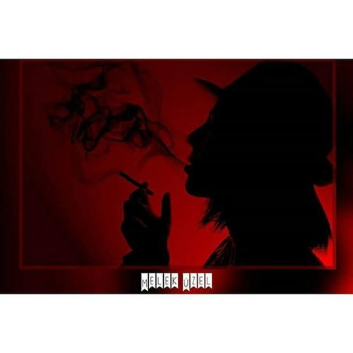Red ! Red Black Smoke Cigarette  Woman Hat Photo Photooftheday Photography Portate Edit