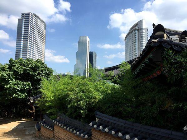 Bongeunsa Temple Samsung Station Coex InterContinental Hotel Sky Cloud Blue Harmony of Past and Present Seoul , Korea