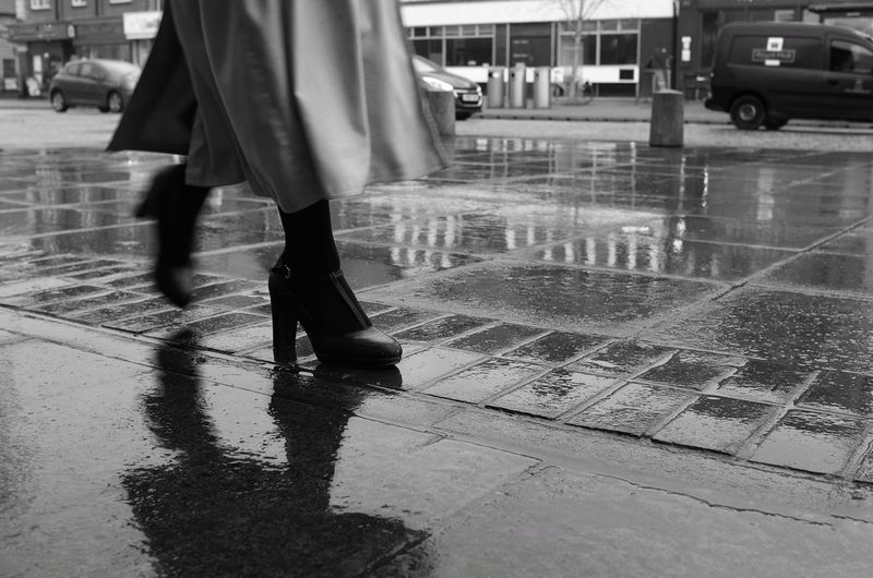 Rainy days in Oxford Ways Of Seeing Street_oxford Rainy Days City Life Low Section Street Walking Human Leg People Human Body Part Adult Outdoors Stories From The City Visual Creativity The Creative - 2018 EyeEm Awards The Street Photographer - 2018 EyeEm Awards The Modern Professional It's About The Journey British Culture
