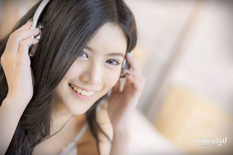 Cute Girl in bed with Headphone. Asian Girl Beautiful Girl Bed Bedroom Casual Clothing Cute Girl Girl Girl In Bed Girl With Headphones Headphone Lifestyles