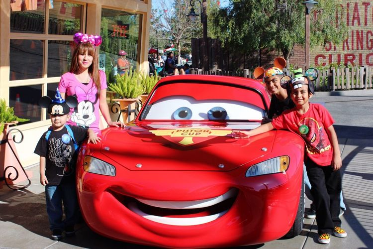 Cars Land California Adventure Lightning Mcqueen