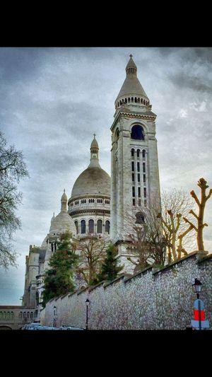 Picture taken of a big church in Paris