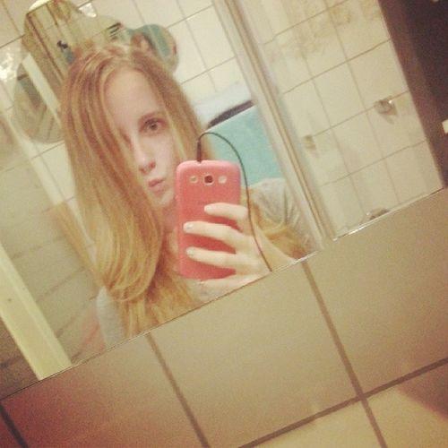 Blond Ungeschminkt ♥