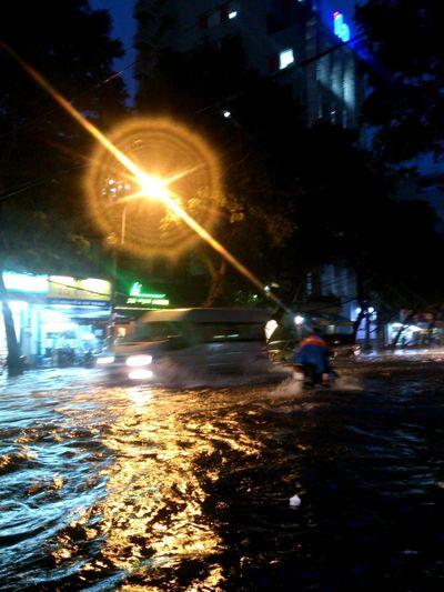 Ho Chi Minh City, 2015.09.15._7 PM. Water City!! Raining Day Hard Rain Heavy Rain Night Photography