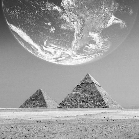 Trave Earth Egypt Hello World Architectural Detail Travelling Giza Gizapyramids Giza, Caïro, Egypt Giza Pyramids Pyramid Pyramids Art Egyptian Black Black And White Pharaoh Pharahos Statue Pharaohs
