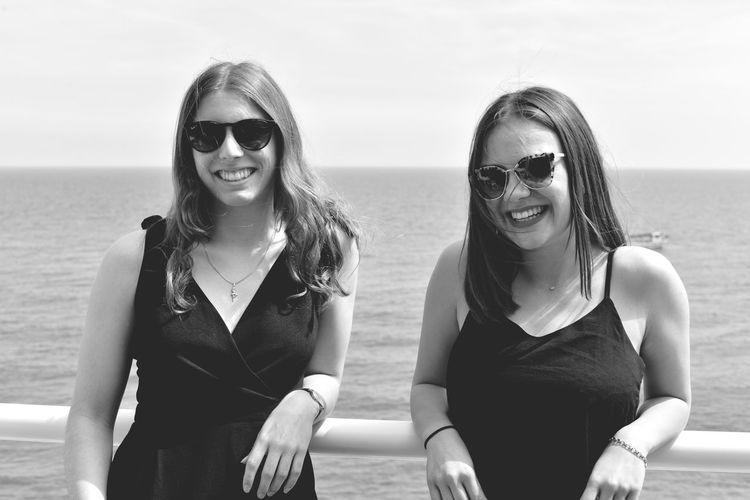 Water Sea Sunglasses Smiling Glasses Fashion Women