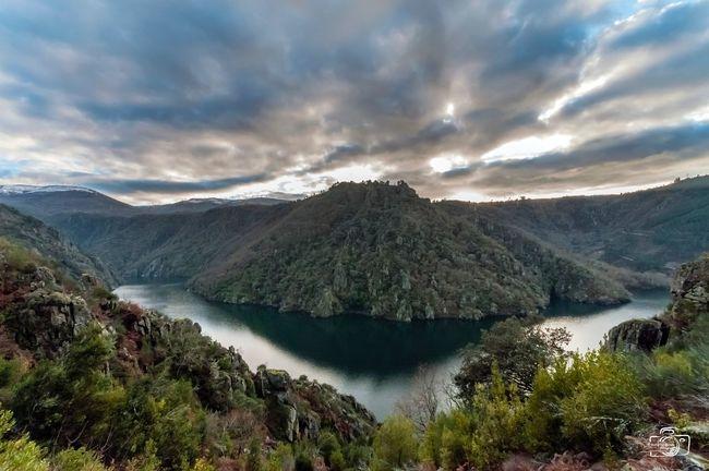 Ribeira Sacra, cañón del Sil Descubregalicia Galicia, Spain Galicia RibeiraSacra Paisaje Montana Mountain Beauty In Nature Scenics Sky Cloud - Sky Tranquility