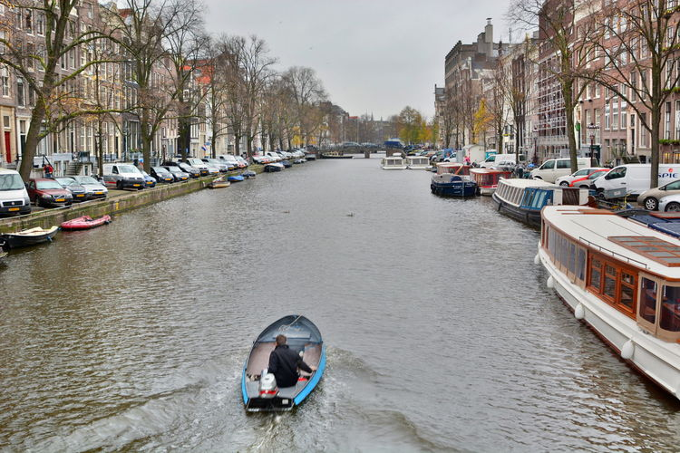 Boat life. Amsterdam, Netherlands Amsterdam Amsterdam Canal Amsterdamcity Autumn Canals City City Life Cityscape Cityscapes Europe Europe Trip Fall HDR I Amsterdam Netherlands Travel Travel Photography Travelphotography Let's Go Together