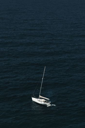 Water Ocean Sea Alone Navigation Yachting Sailing Ship Nautical Vessel Yacht Sailing Mast Sea Sailboat Sport Competition Sailing Boat Boat My Best Photo The Minimalist - 2019 EyeEm Awards