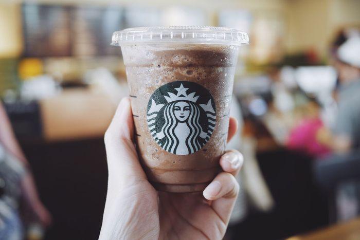 Starbucks Starbucks Coffee Starbucks ❤ Starbuck Starbuckscoffee Starbucks <3 Starbucks! Coffee Coffee Time Coffee Break Coffee ☕ Coffeetime Coffeelover Coffee - Drink Coffee Beans Coffeebreak Mocha Mocha Frappe