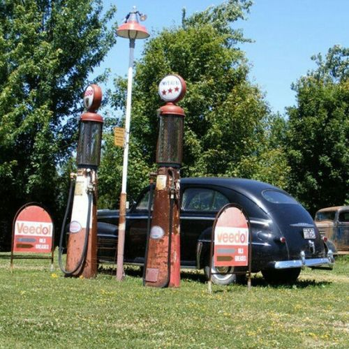 Gassing Up Garage Gasstation Car Antique truck rust memories signs gas Station gaspumps history summer