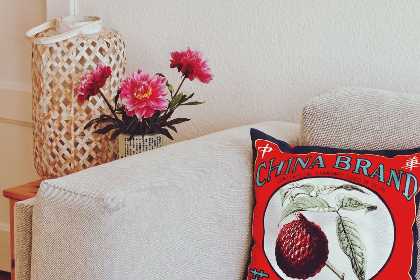 Hello World Hello Hamburg Hasselbrooklyn Indoors  Living Room Flower Pillow Close-up Freshness Home Interior Day Taking Pictures Click Click 📷📷📷 Details Enjoying Life Eye For Details Cozy Accesories Germany🇩🇪