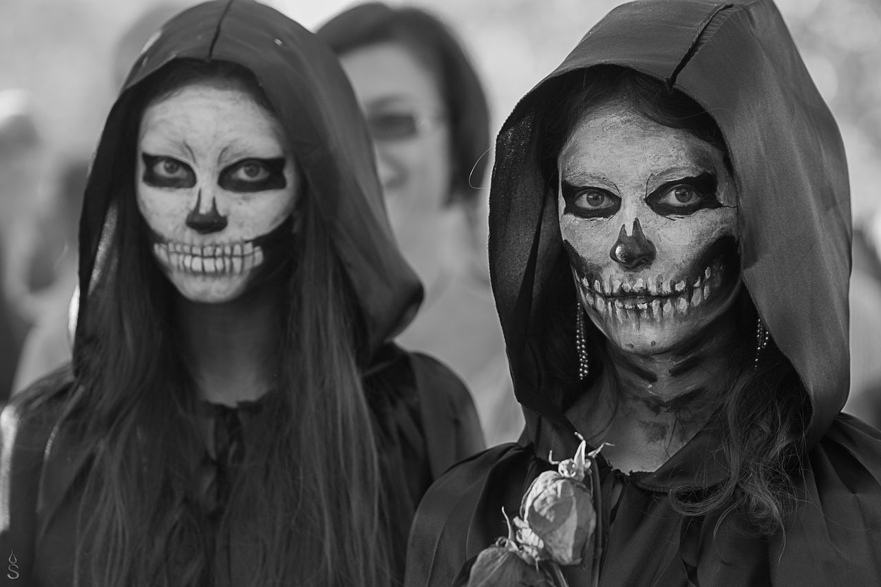 real people, focus on foreground, lifestyles, headshot, looking at camera, day, outdoors, young women, close-up, halloween, one person