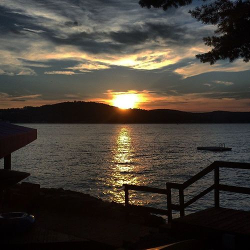 Can't wait for summer to start! Summer2015 Lakewinnipesaukee Winnipesaukee Governorsisland Canschoolbeover Lake Nofilter Noedit