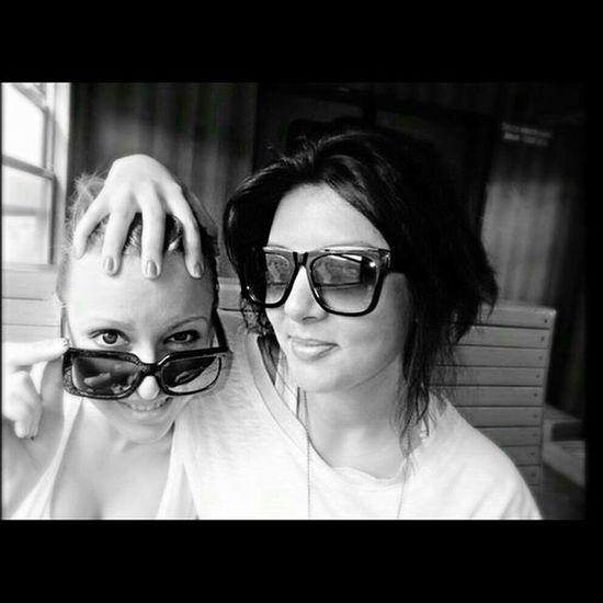 Douremember @tanisha_kiss ? Sunglasses We Inthetrain Adventure Liltraveler Sisters FunnyUs Fingersonface Blackandwhite
