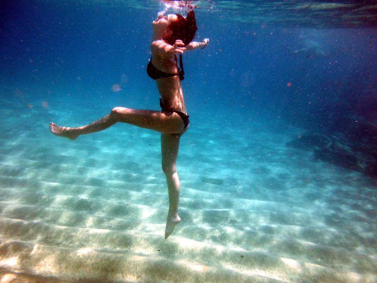 Underwater Underwaterphotography Chalkidiki EyeEm Best Shots Sexyy Sea Sensualgirl Water Reflections EyeEm Gallery Summertime Vacations Picoftheday EyeEmBestPics Bigblue LongLegs Pleasure