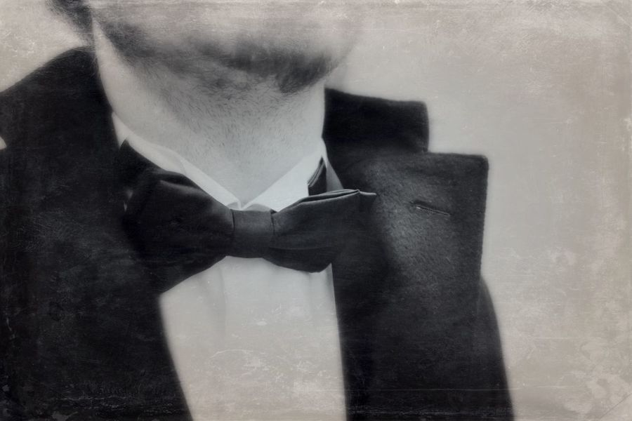 Dress Tie Man Mensfashion Menstyle Menswear Detail Blackandwhite Black And White Black & White Monochrome Right In Front EyeEm Gallery Edited Art ArtWork Getting Creative Monochrome Photography People Fashion Clothes Rendevouz Chic Uniqueness Lieblingsteil Welcome To Black