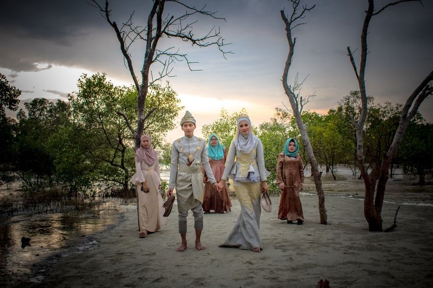 MALAY WEDDING - OUTDOOR SESSION Bridesmaid Beach Malaywedding Full Length Tree Senior Women Senior Adult Sky Real People Nature EyeEmNewHere