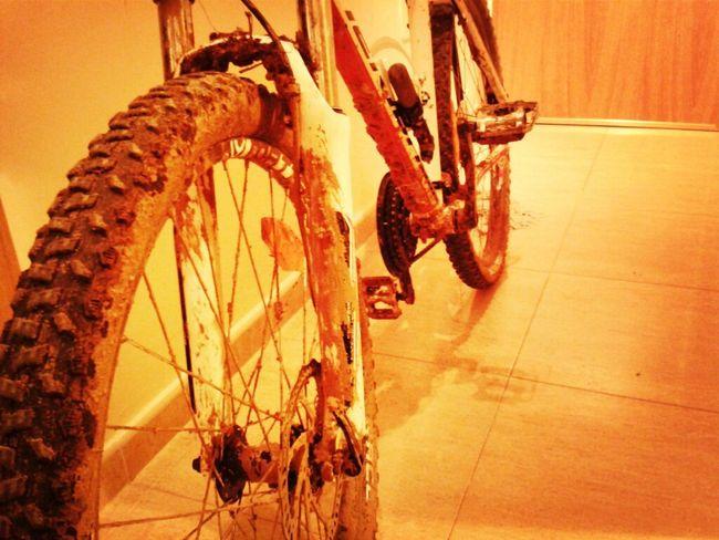 Mountainbike Dirty Mountain Biking MTB