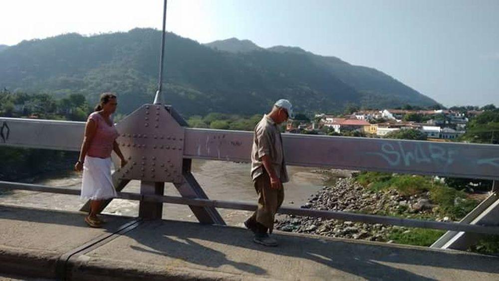 Found On The Roll Puente Gente Puentes Puentedelterror Puentesobreellago