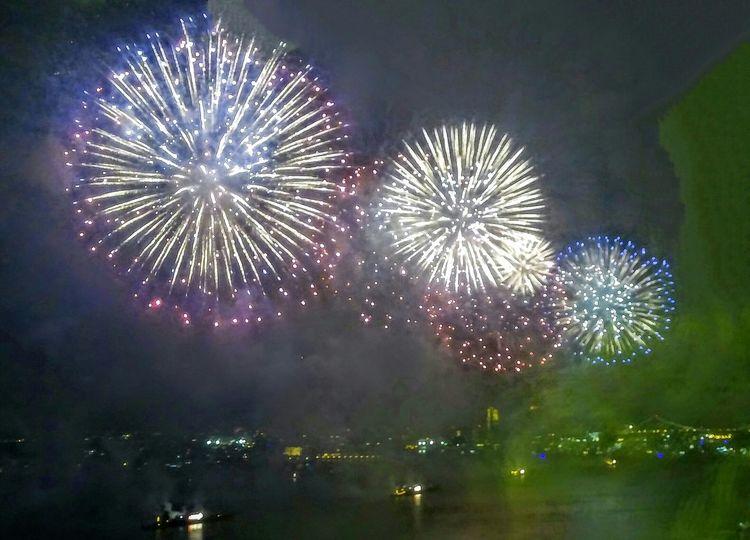 Macy's 2016 Firework display. Fireworks Firework Display Firework Photography Fireworks On Forth Of July Fireworks In The Sky