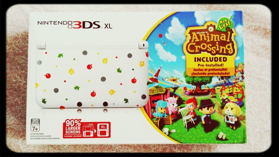 3DS XL limited AC version that I got last June from my sister! Gadgets ♥