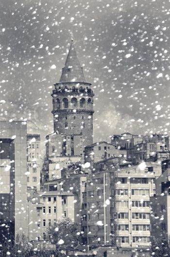bosphorus city❄️ galata tower istanbul⛄️ Turkey Istanbul Taksim Love Enjoying Life Instagram.com/cihan_genc First Eyeem Photo Hello World That's Me Popular Photos