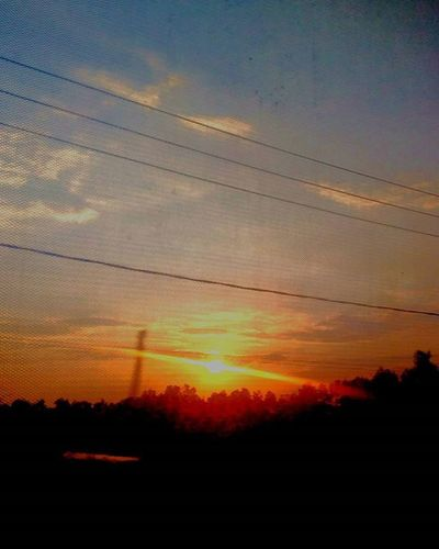 Sunset on the town. @mataponsel @mp_riau @gadgetgrapher_riau Sunset Mataponsel Mp_sunset Gg_telusurriau