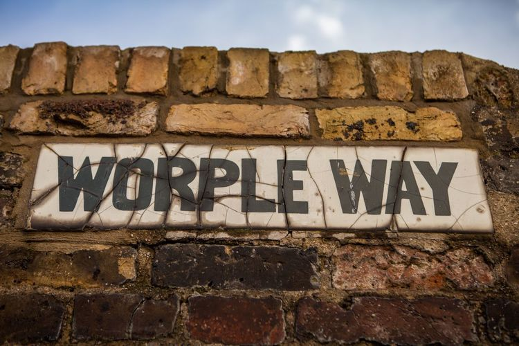 Worple Way Richmond Brick Wall Sign LONDON❤ Alley London City Life Getting Around Alleyway Urban Cracked Tile Old Sign Old Brick Texture