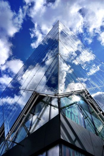 Reflections in the building Cloudporn Clouds And Sky Cloud Building Building Exterior Eyeemarchitecture Modern Architecture 500px Shootermag Ladyphotographerofthemonth Reflection_collection Reflections Reflection Mette Bruus Mettebruus Denmark Copenhagen Low Angle View Architecture Sky Built Structure Cloud - Sky Modern Building Exterior Skyscraper Day City Outdoors No People Reflection The Graphic City Stories From The City Visual Creativity The Architect - 2018 EyeEm Awards Creative Space #urbanana: The Urban Playground