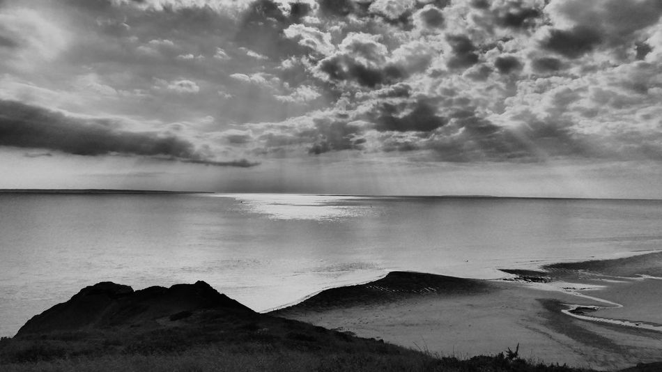 Landscapes - Light & Dark - - Creative Light And Shadow - Eyeem Monochrome - Fine Art Photography - EyeEm Nature Lover - The Art Of Photography - Beachphotography - Sea - Water