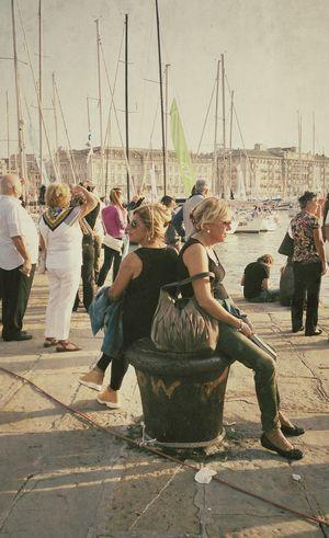 Raggi di sole in ottobre.Streetphotography Fuoriregata Barcolana46 TriesteSocial