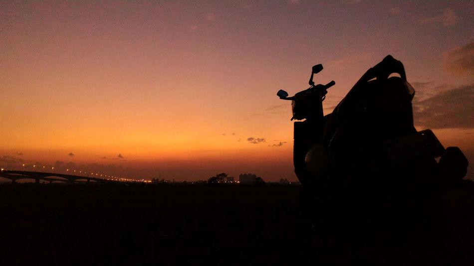 Cloud Clouds And Sky Dusk Dusk. My Bike Nightfall Outline Sketch Sunset Twilight Twilight Sky