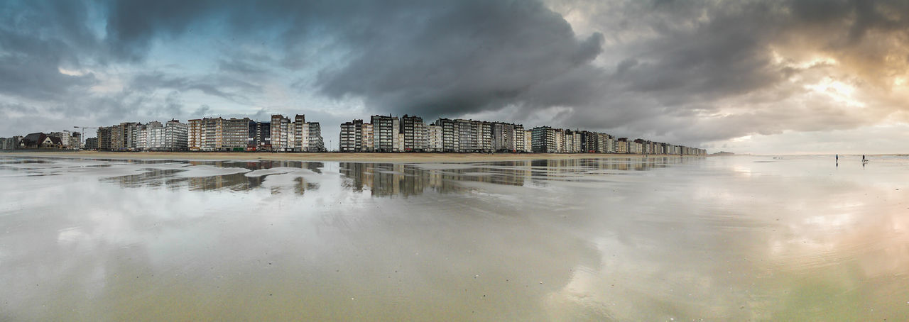 Architecture Beach Built Structure City Cloud Cloud - Sky Cloudy Day Great Outdoors - 2016 EyeEm Awards Horizon Nature Outdoors Overcast Panoramic Photography Reflection Sea Sky Tranquil Scene Water Weather Winter