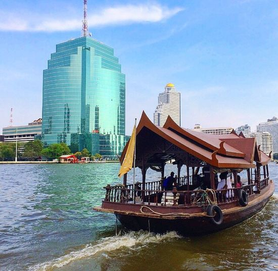 Chaophraya River River Water Hotel Passenger Boat People Bangkok ASIA Building Exterior City City Life Cityscape Street Pier Waterfront Asiatique Office Building Modern Transportation Sky Tourboat Restaurant Shopping Mall Cityphotography