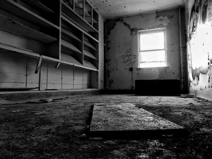 Window Decayed Abandoned Places Nuthouse Asylum Lost Places Taking Photo Derelict Black And White Beauty In Decay