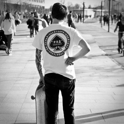 Check This Out Cool Hello World Moscow Poker Skateboarding Ace Black And White Blackandwhite Casual Clothing Leisure Activity People Real People Rear View Sk8 Skate Sport Street Streetphotography Thrasher Travel Destinations