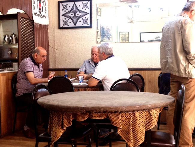 Istanbul Cafe Asien Istanbul Asien Side Men At Work  Drinking Cafe Drinking Tea People Watching