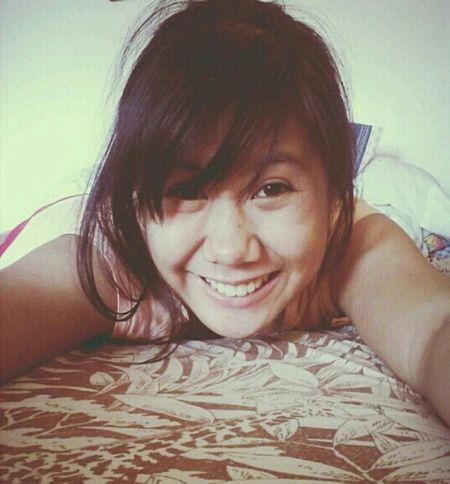 whut? follow me then i follow back then you unfollow me. whuuut? -_-Bangs Likeforlike Just Smile ♥ CHUBBY CHEEKS :)
