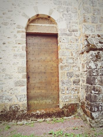 Porte Door Saint-Céneri-le-Gérei Spiritualité Meditation Decouverte Balade France Namaste Nature