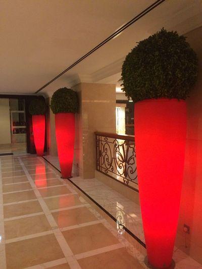 Dubai Lightning Vases Amazing